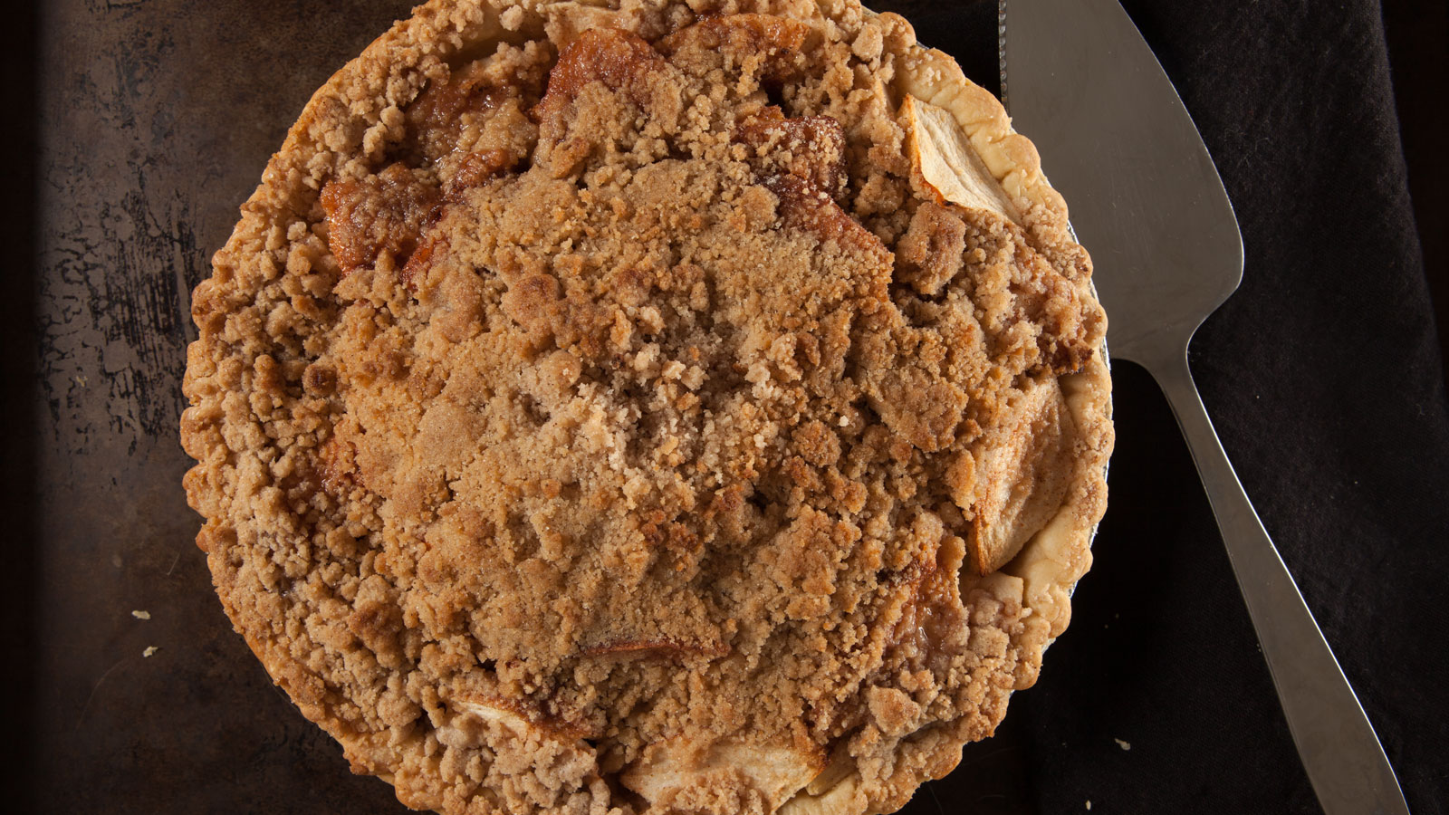 Simple Apple Crumb Pie